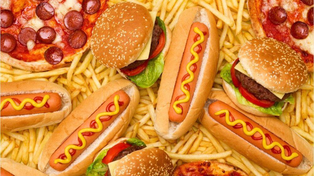 Demenz durch Fast Food: So schädlich ist es für das Gehirn