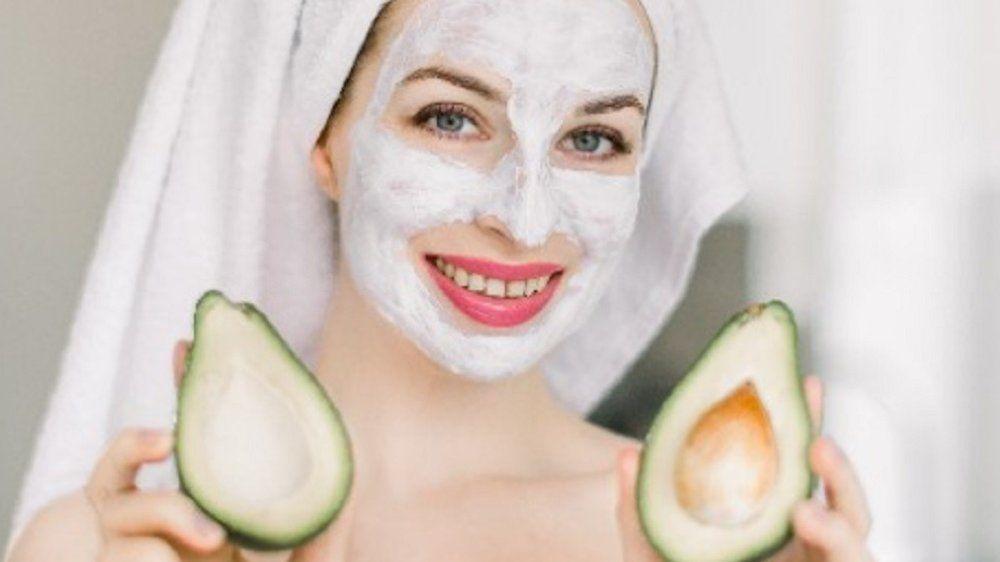 Superfood für die Haut: Darum ist Avocado ein echter Beauty-Booster