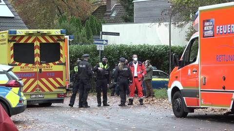 Hamburg: Mann bedroht Ehefrau und schießt auf Polizisten
