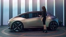 BMW i Vision Circular - Inform Snippets - Driver Experience