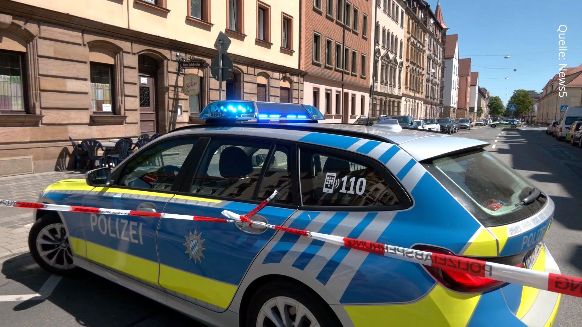 Brutale Messer-Attacke in Fürth: Mann schwebt in Lebensgefahr, Täter gefasst
