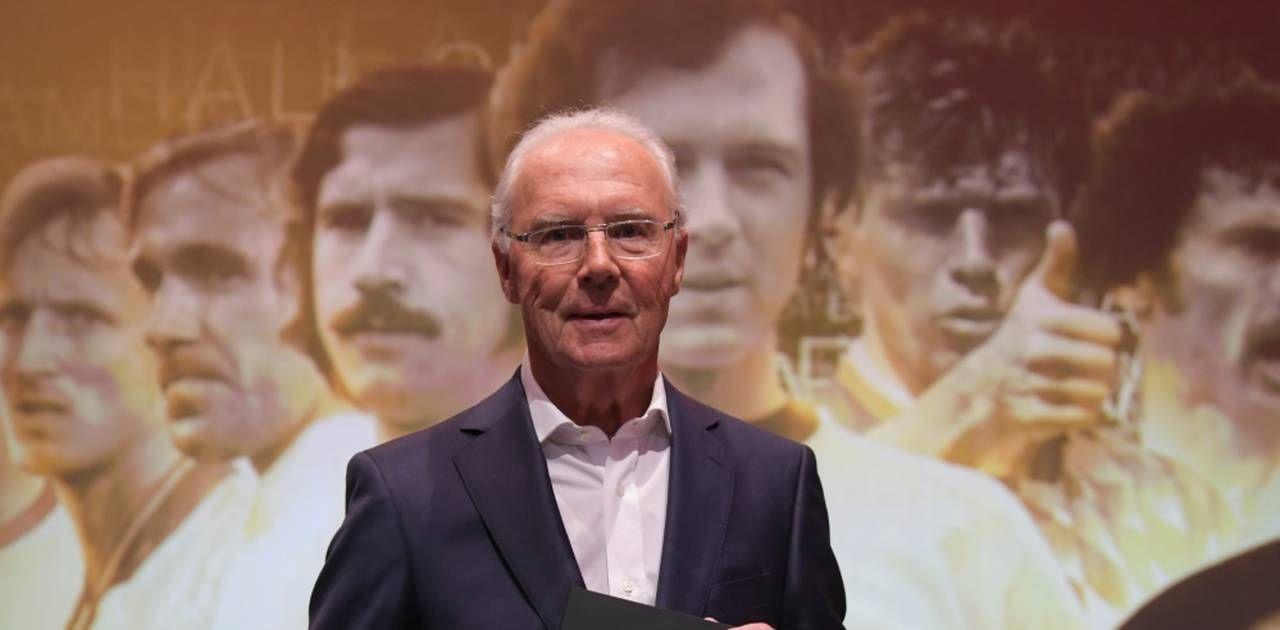 Franz Beckenbauer unterstützt Joachim Löw