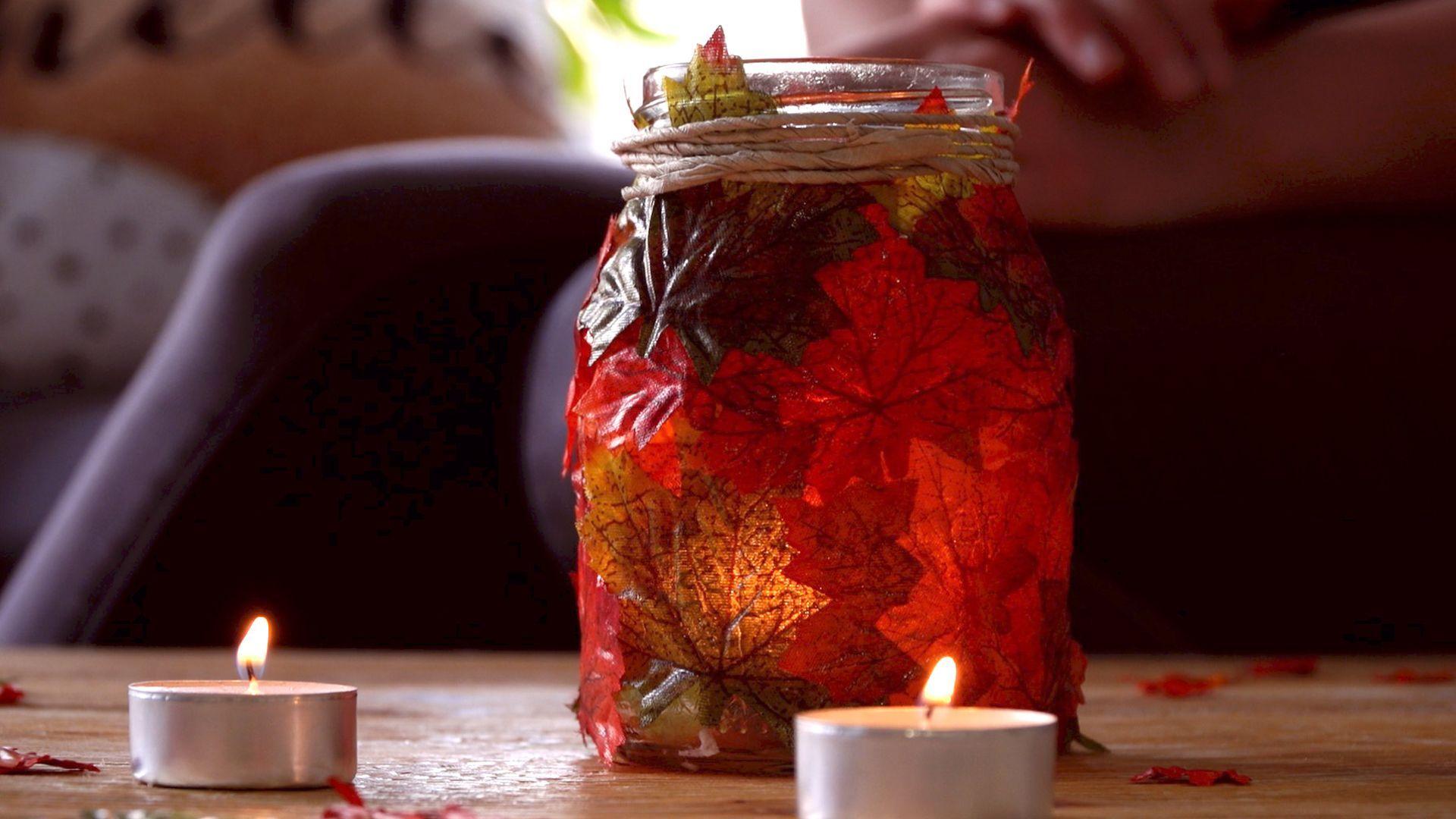 Herbstblätter-Windlicht: Super easy selbst gemacht!