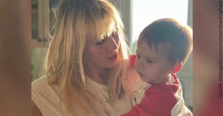 Hirn-OP: Der Sohn von Natasha Bedingfield ist schwer krank